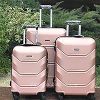 Чемодан Wings 147 из поликарбоната Малый S(45 литров) для ручной клади на 4-х колесах Розовое золото