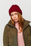 Женская бордовая теплая шапка с отворотом