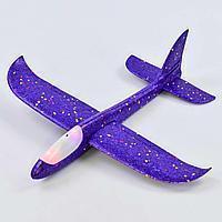 Фиолетовый метательный самолётик планер