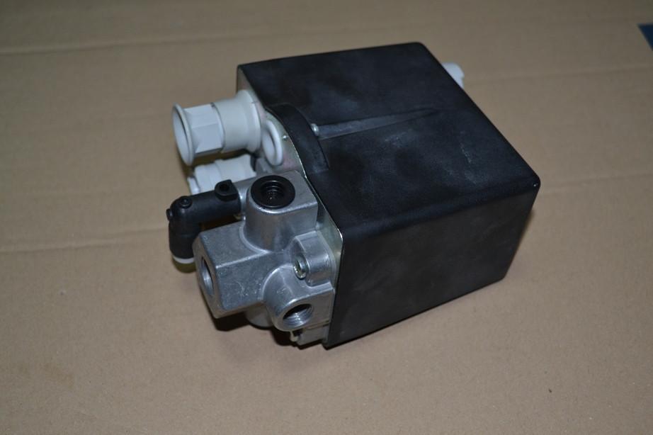 Блок давления компресора 380В A-6.3 FINI