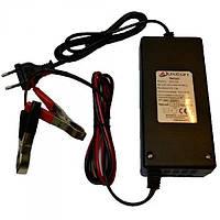 Зарядное устр-во для аккум. батарей LUXEON BC-1210