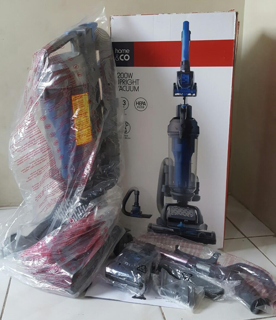 Пылесос по технологии Dyson с австралийского бренда  Home & CO, модель Vacuum cleaners VUM33AS20G