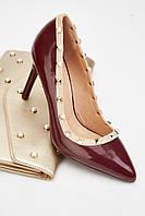 Шикарные бордовые женские туфли на каблуке