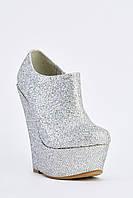 Шикарные серебряные женские ботинки на платформе