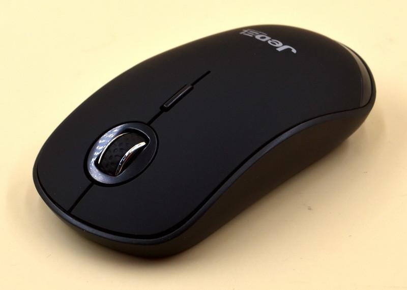 Беспроводная оптическая мышка для компьютера черного цвета Jedel W390