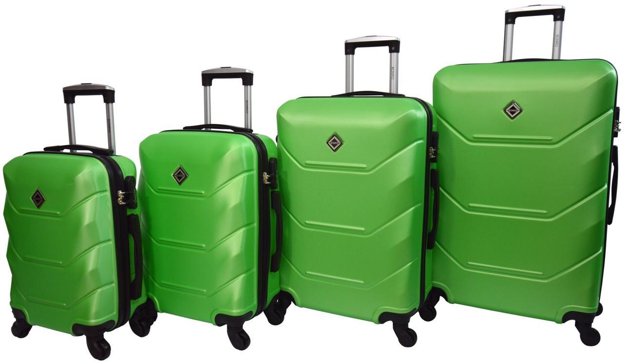 Набор чемоданов 4 штуки Bonro 2019 салатовый (10500205)