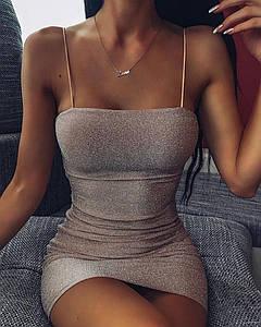 Блестящее мини платье на тонких бретелях