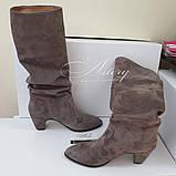 Женские замшевые сапоги на невысоком каблуке, фото 3