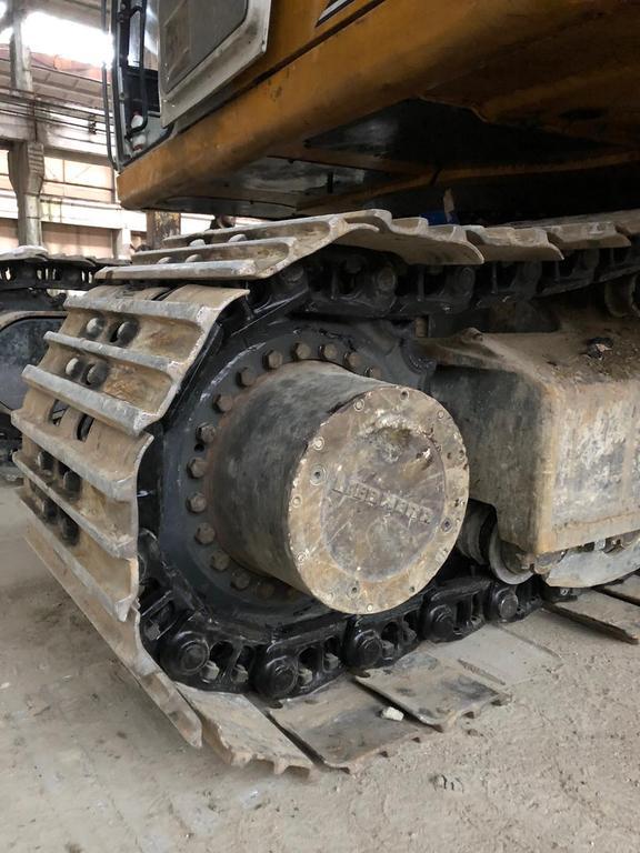 Заміна колеса ведучого  та ланцюга гусениці екскаватора LIEBHERR