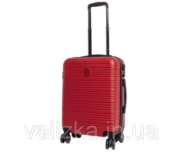 Чемодан дорожний из ударопрочного полипропилена маленького размера для ручной клади Airtex 805 красного цвета.