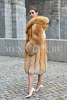 Шуба из меха Gold Fox с капюшоном