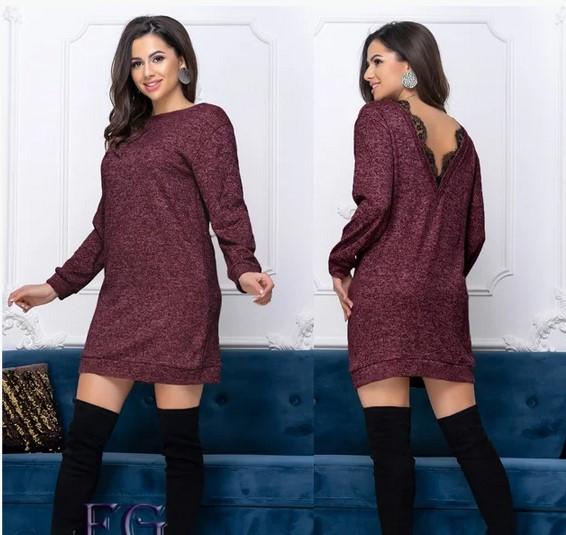 Нарядное короткое платье-туника из ангоры с вырезом на спине бордовое