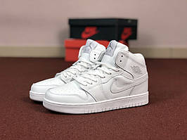 Кроссовки Nike Air Jordan 1 Retro,белые
