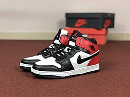 Кроссовки Nike Air Jordan 1 Retro,белые с черным и красным