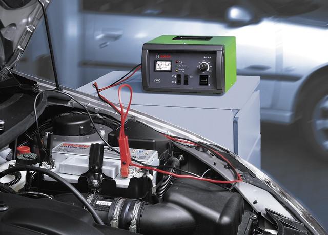 Зарядні та пуско-зарядні для акумуляторів