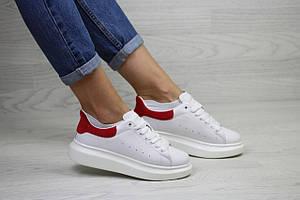Кроссовки женскиеAlexander McQueen белые с красным 38р