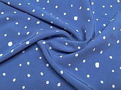 Ткань Французская вискоза софт неравномерные горошки, белый на голубом