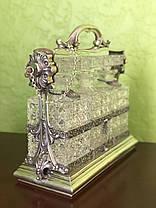 Серебряная подставка с тремя хрустальными графинами под виски, коньяк, водку нач.ХХ века, фото 3