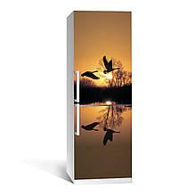 Наклейка на холодильник Журавли ( (виниловая наклейка, самоклейка, оклеить холодильник, декор кухни)