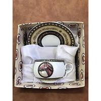 Чашка с блюдцем в подарочной упаковке