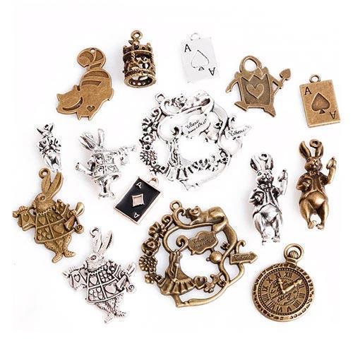 Набір з 15 металевих підвісок шармов шармиков, Аліса в Країні чудес