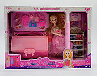 Кукла с косметикой, этажерка с обувью и сумочка для принцесс