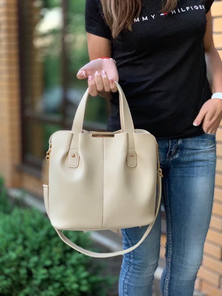 Сумка женская бежевая на плечо классическая небольшая сумочка кожзам