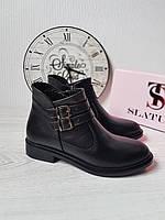Классические женские ботинки с пряжками на платформе