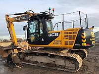 Гусеничный экскаватор JCB JS220LC