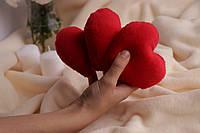 Декоративное красное сердце с мягкого плюша