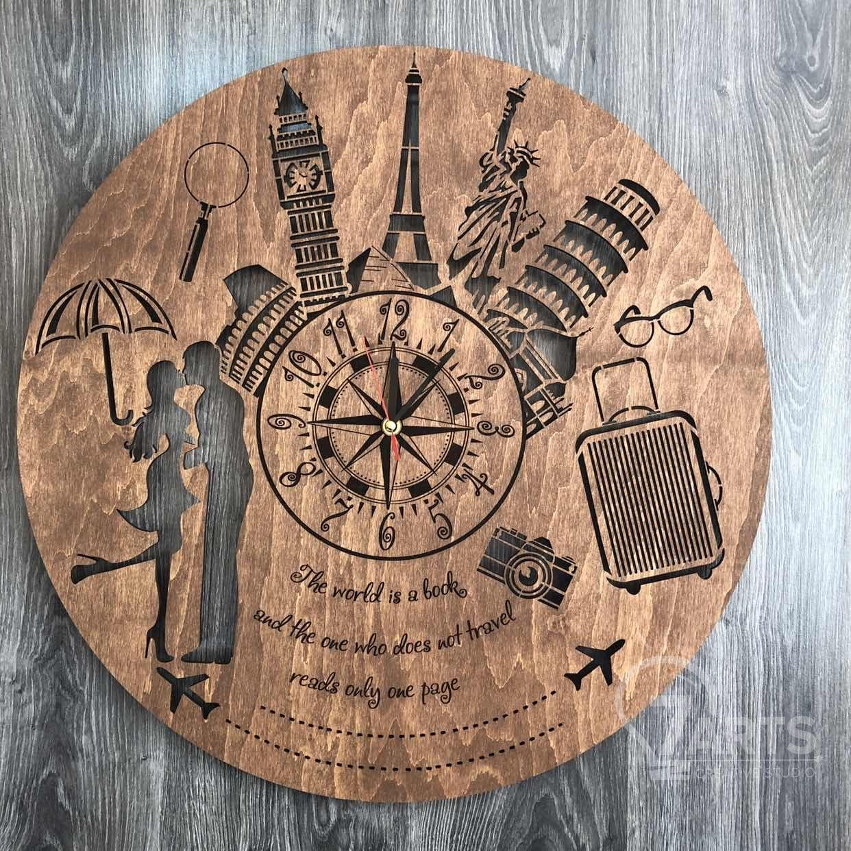 """Классические бесшумные настенные часы из дерева """"Путешествия"""""""