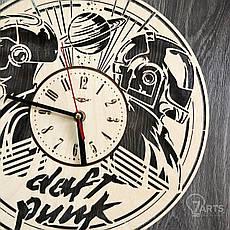 Концептуальные настенные часы в интерьер «Daft Punk», фото 2