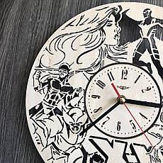 Дизайнерские настенные часы из дерева «Люди Икс», фото 2