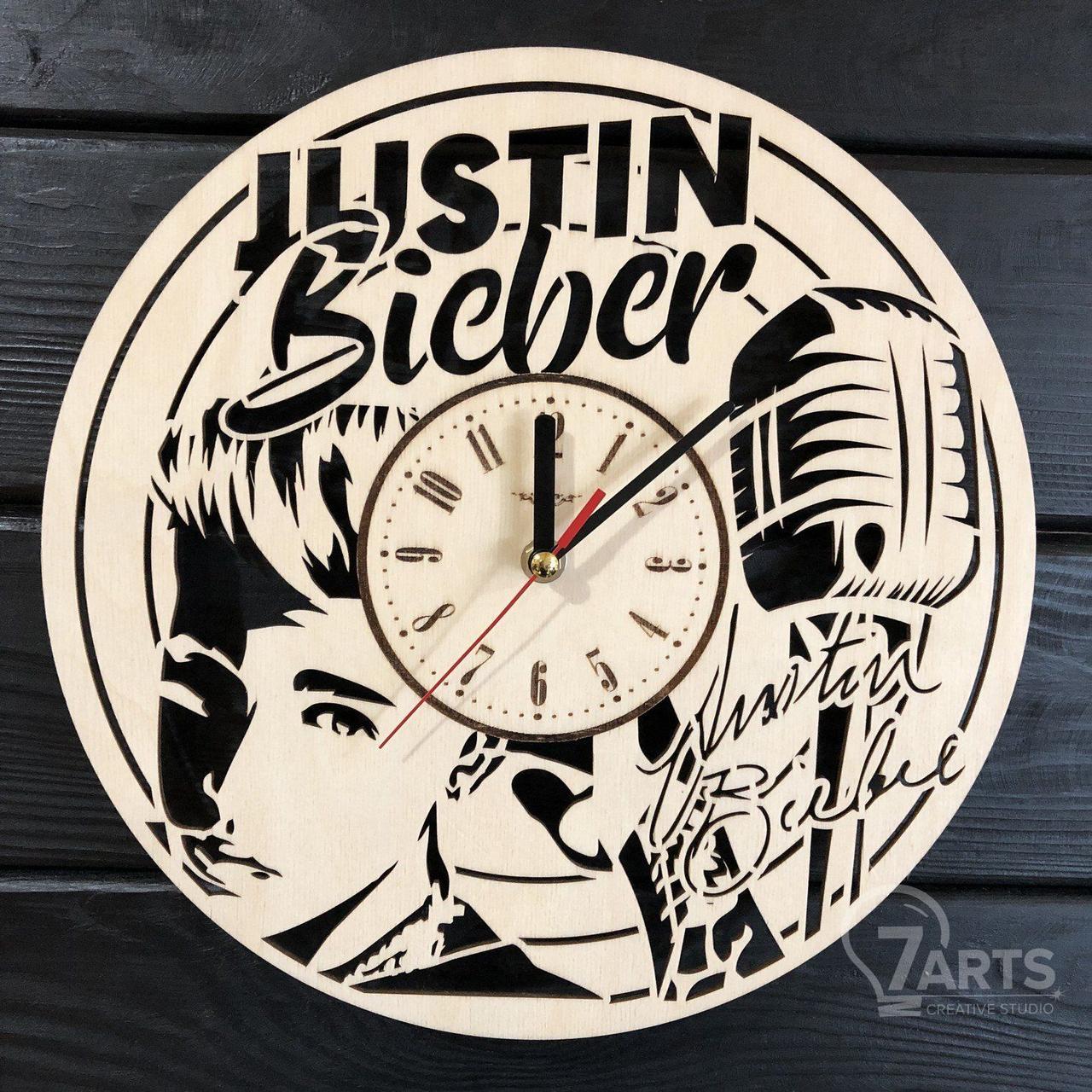 Концептуальные настенные часы из дерева «Justin Bieber»