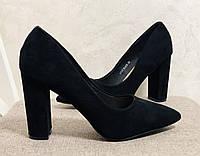 Женские туфли на устойчивом каблуке черный замш