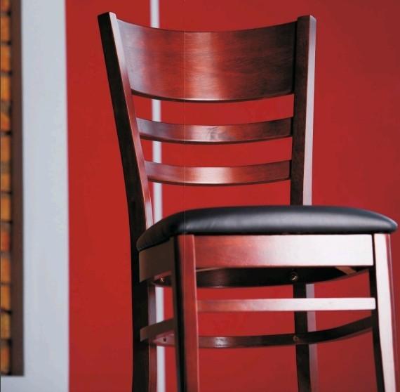 Мебель из натурального дерева «Domini». Новинки 2011 года. Спальни, столы, стулья, подстолья, мебель для ресторанов.