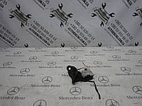 Замок лючка бензобака mercedes-benz w251 r-class (A2518200197)