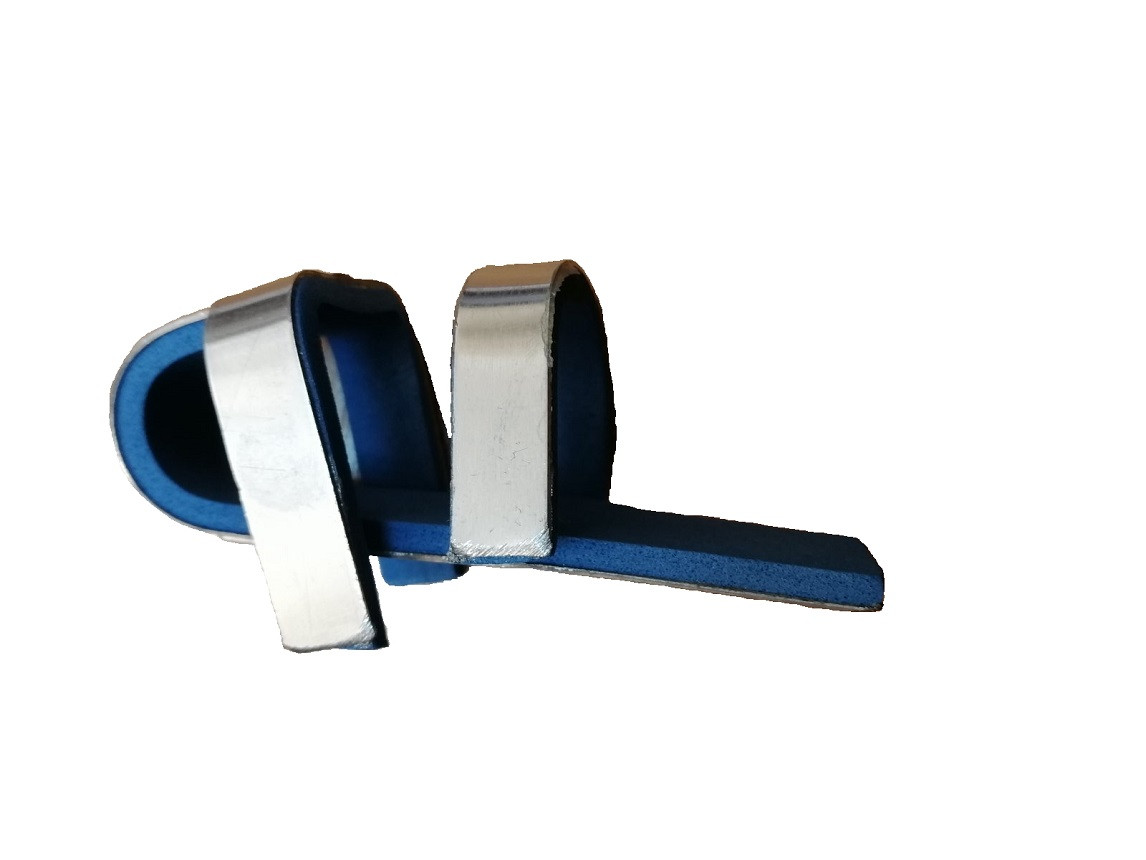 Шина лонгета на палец с креплением, жесткая металлическая со скобами Miracle код 0075