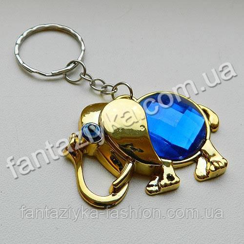 Брелок пластиковый Слон с синим камнем