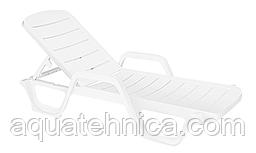 Шезлонг лежак пластиковый белый PAPATYA AVANGARDE 01