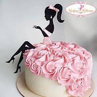 15 см Топпер для торта девушка сидит  пластиковый топпер уценен