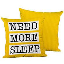 Подушка интерьерная декоративная шелк, размер 45*45 см Желтая 39