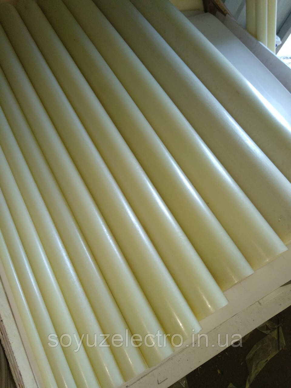 Капролон стержень 70 мм (Полиамид)