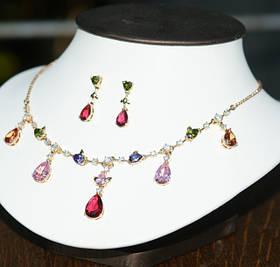 Комплекты украшений из ювелирной бижутерии с кристаллами Swarovski и цирконами.