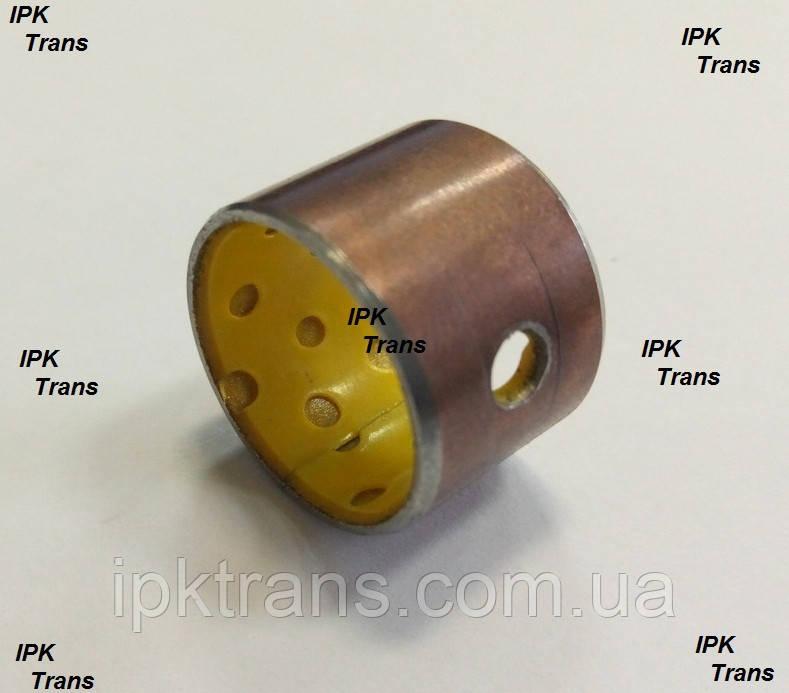 Втулка рулевого пальца на погрузчик САТ GP15NT