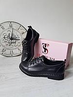 Стильные черные женские туфли с кожи