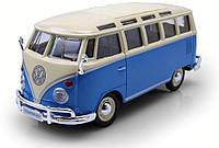 """Автомодель (1:25) Volkswagen Van """"Samba"""" сине-кремовый Maisto (31956 blue-сream)"""