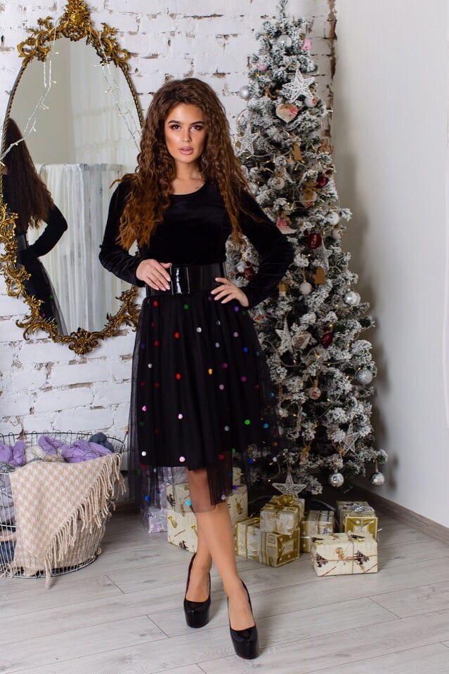 Черное платье с фатиновой юбкой