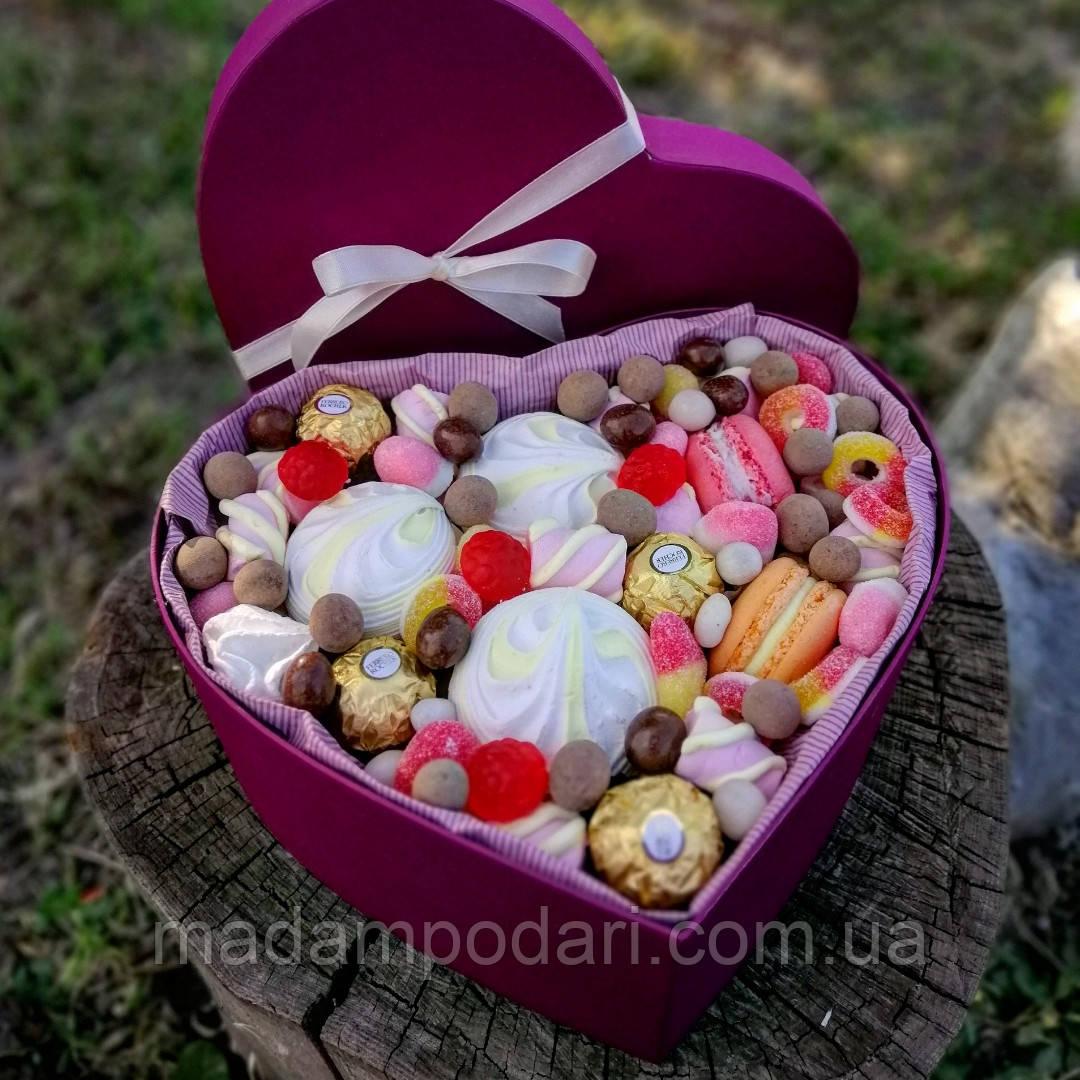 Сердечко со сладостями