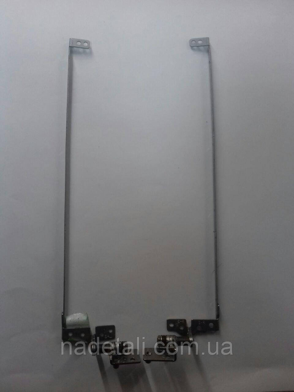 Петли Lenovo  B550 AM07W000200-R AM07W000100-L